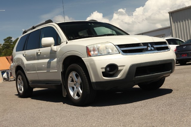 Used Mitsubishi Endeavor Limited